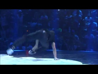 Junior vs Mounir - Semi-Final - Red Bull BC One Rio de Janeiro 2012